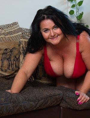 Mature Huge Natural Breasts 115
