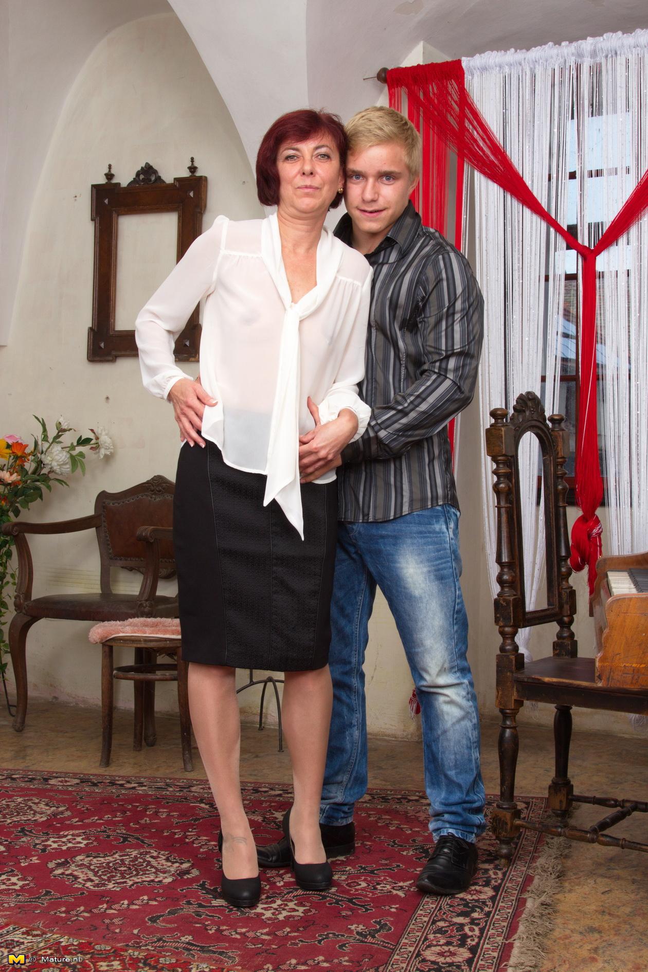 Mature teacher seduces student