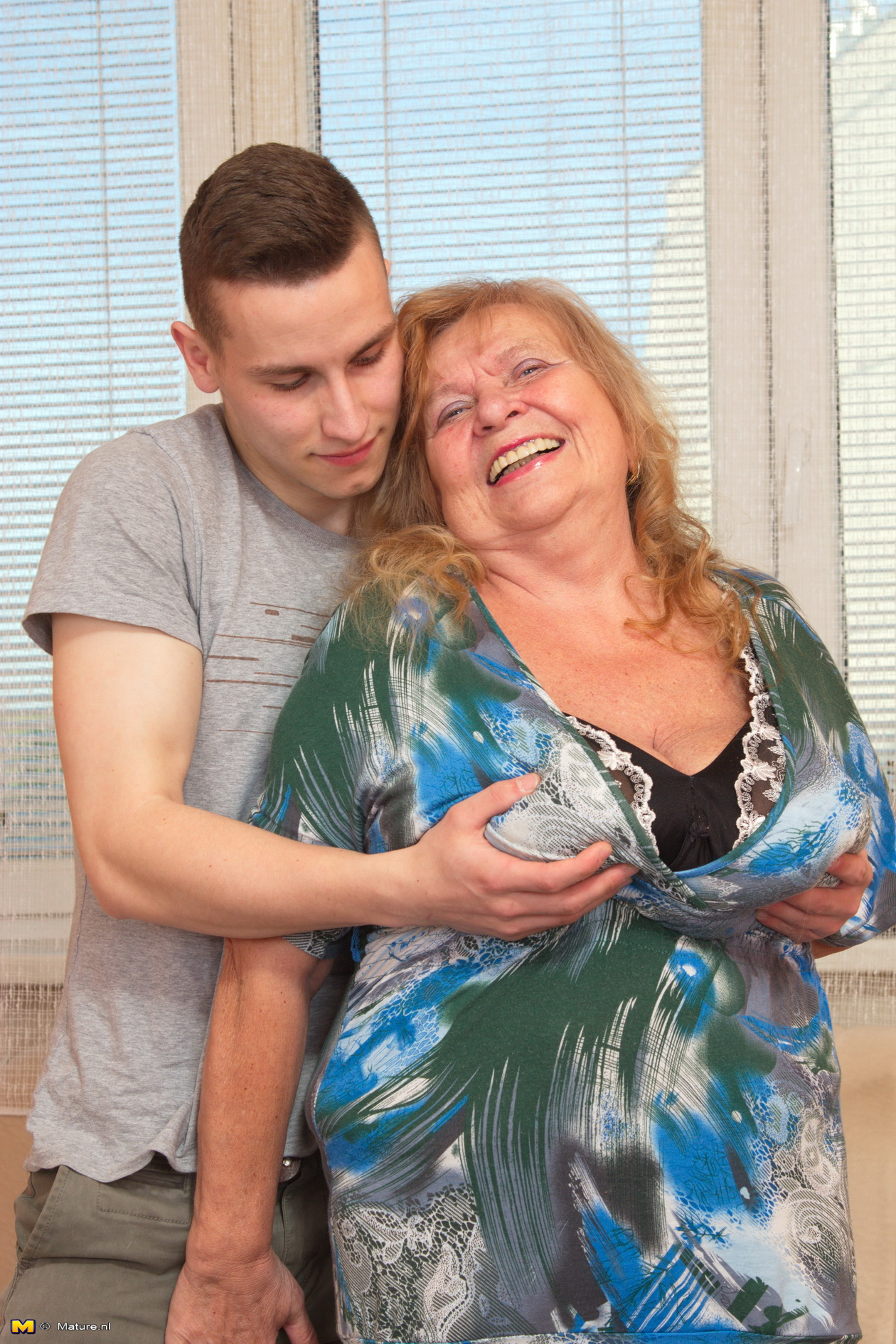 Mature women forcing young boy to fuck